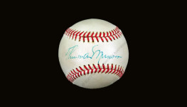 Thurman Munson single signed baseball (JSA LOA)